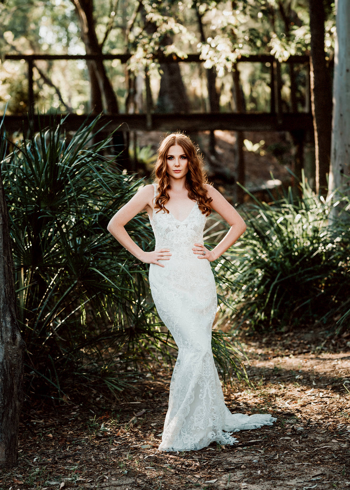 Model wearing beautiful Anna Campbell Wedding Gown.